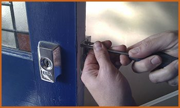 Village Locksmith Store Canyon Country, CA 661-247-1299